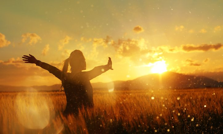 4 Life Changing Law of Attraction Habits